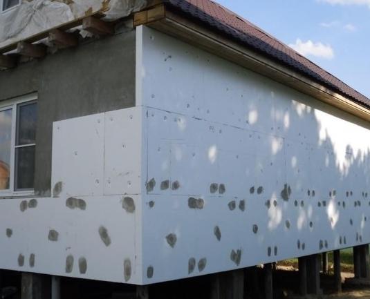 Стены дома в пенопласте